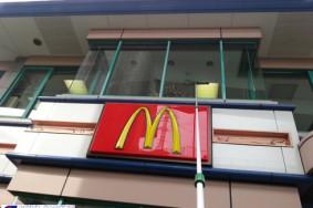 江南市 マクドナルド ガラスクリーニング有難うございました!