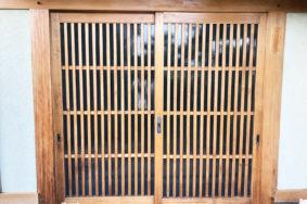 玄関門扉 建具引き戸 柱  美白洗浄 自然塗料コーティング [大垣市W様 有難うございました]