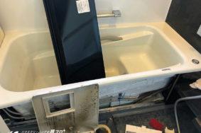 名古屋市名東区W様[年末大掃除 サッシガラス 浴室クリーニング]有難うございました。