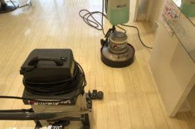 名古屋市 美容院ロジック様 定期清掃 床ワックス サッシガラス 有難うございました。